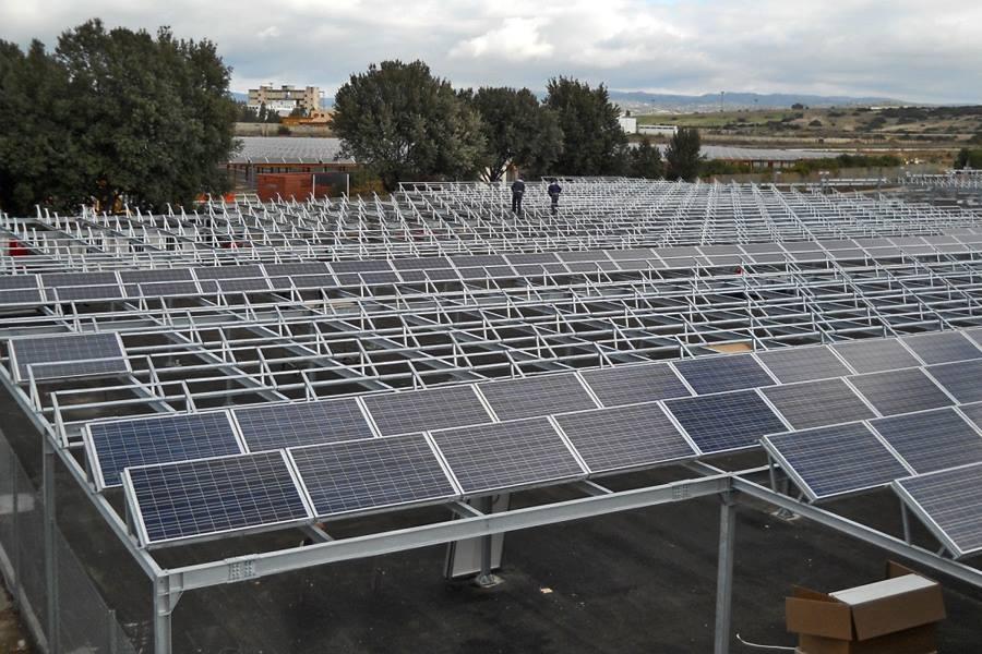 Parcheggio-pannelli-fotovoltaici